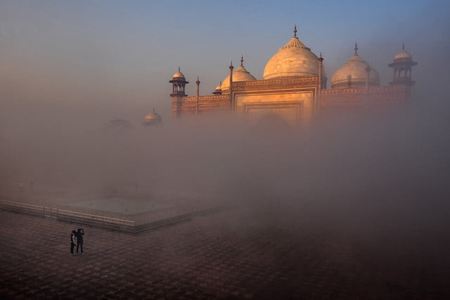 photographer jay dickmans adventurous spirit 14 taj mahal side mosque