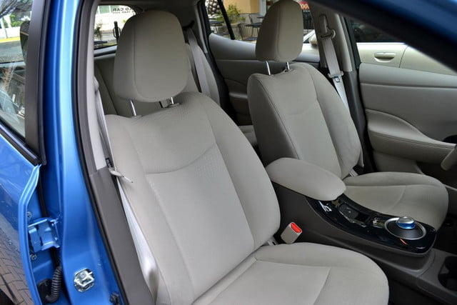 2012 nissan leaf review interior front seats