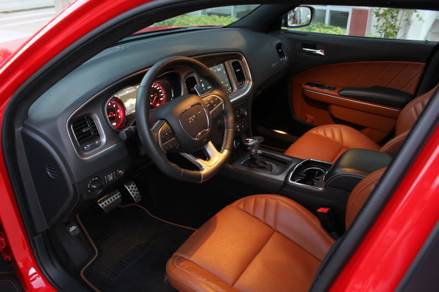 2015 Dodge Charger SRT Hellcat drivers