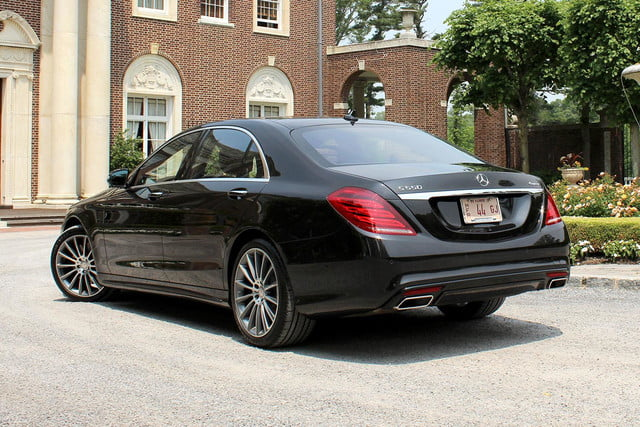 2015 Mercedes Benz S550 back side angle