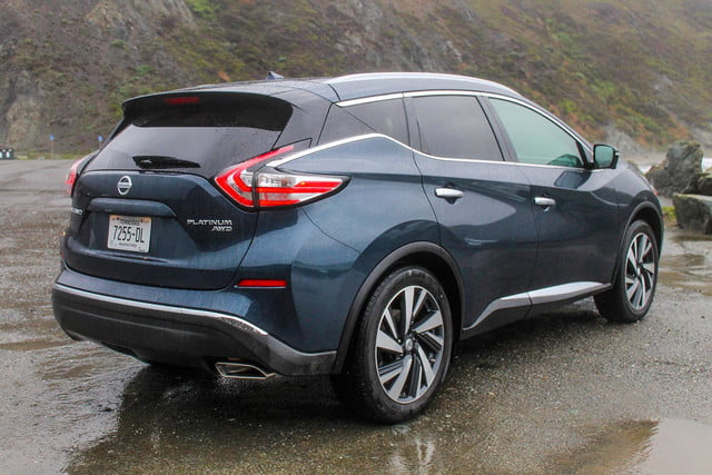 2015 Nissan Murano review rear angle
