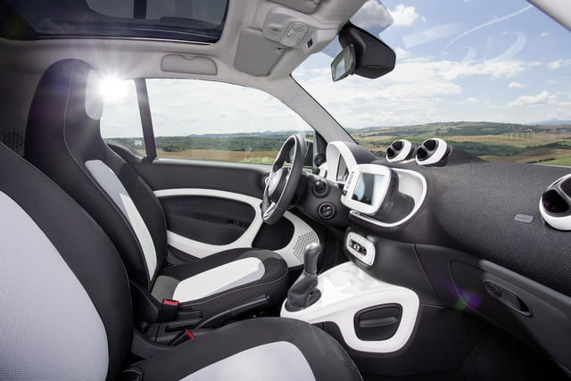 2016 smart fortwo  44