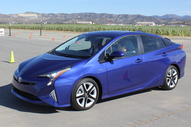 2016 toyota prius first drive 0715