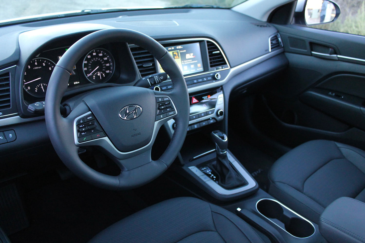 2017 Hyundai Elantra First Drive Review Pictures Specs