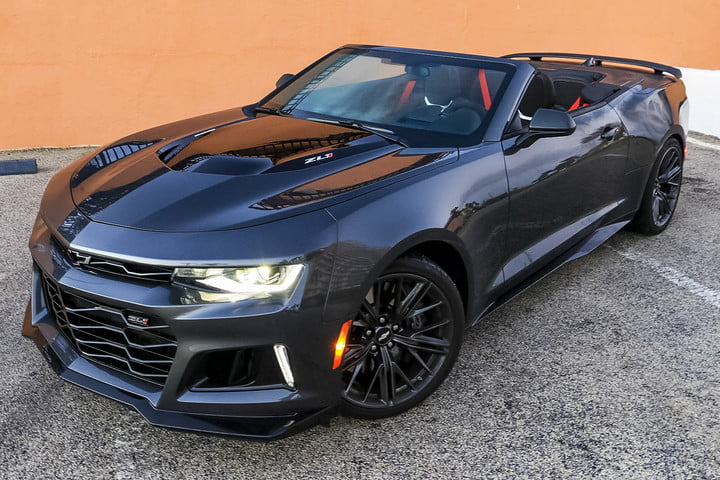 2017 chevrolet camaro zl1 first drive digital trends. Black Bedroom Furniture Sets. Home Design Ideas