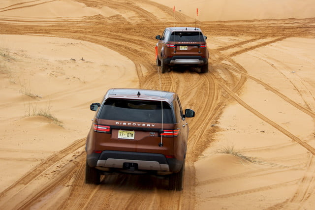 2017 land rover discovery first drive landrover review 000115