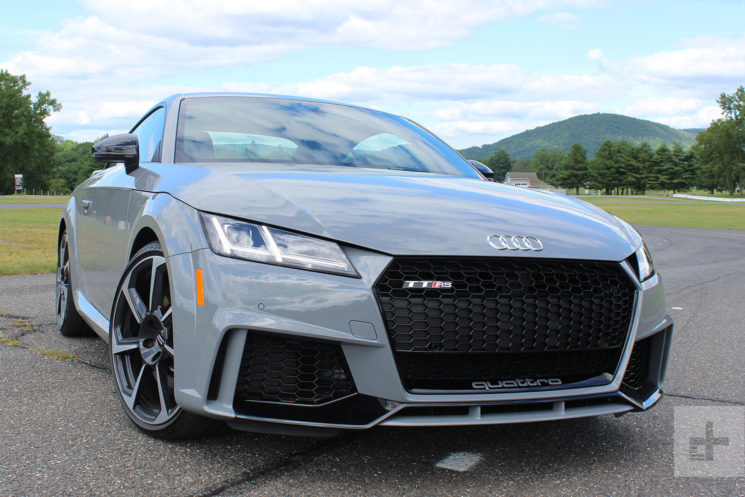 2018 audi tt rs first drive review digital trends. Black Bedroom Furniture Sets. Home Design Ideas