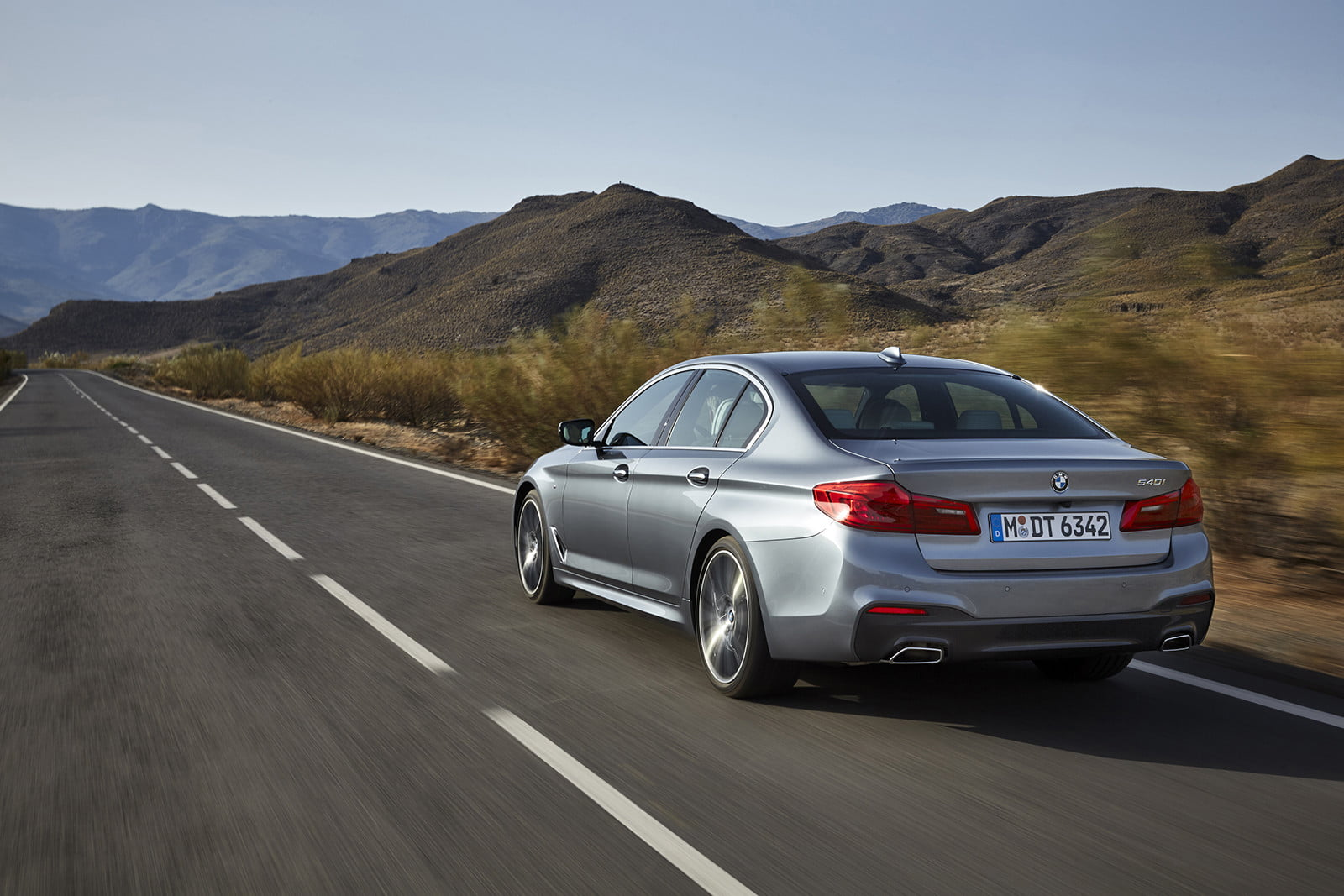 bmw quietly reintroduces diesel powered 5 series to lineup. Black Bedroom Furniture Sets. Home Design Ideas