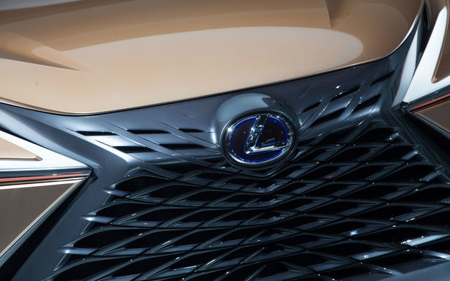 the lexus lf 1 limitless concept previews a new direction for flagship crossover 2018 detroit  15