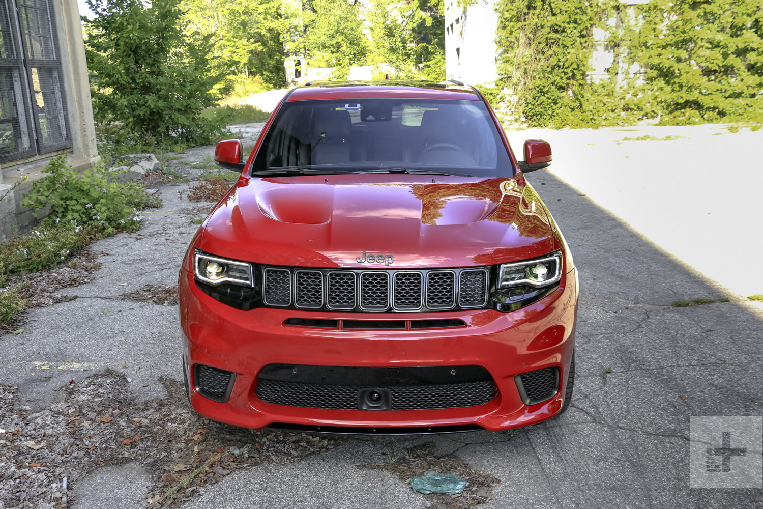 2018 jeep grand cherokee srt trackhawk first drive review. Black Bedroom Furniture Sets. Home Design Ideas
