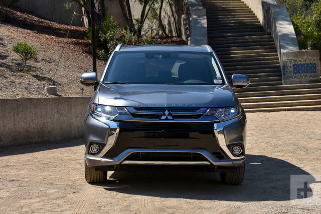 2018 Mitsubishi Outlander PHEV first drive review front