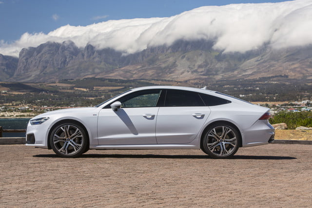 2019 audi a7 first drive impressions photos and specs digital trends. Black Bedroom Furniture Sets. Home Design Ideas