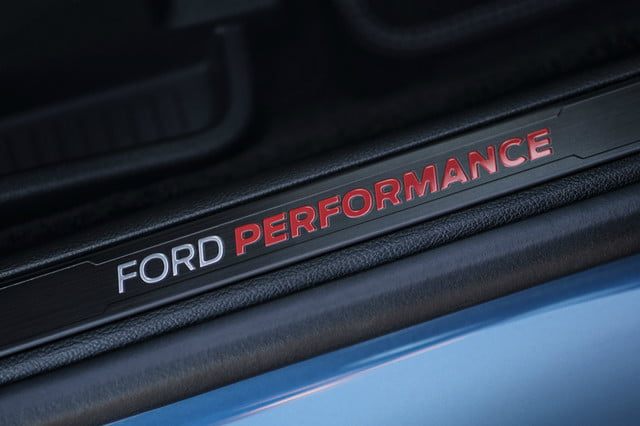 ford debuts 2019 ranger and edge st 5