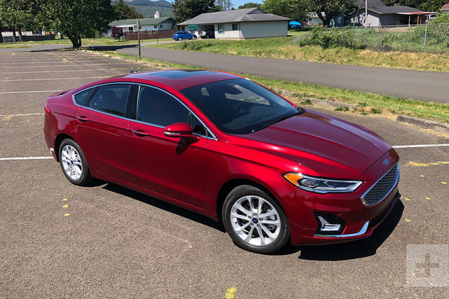 2019 Ford Fusion Energi review