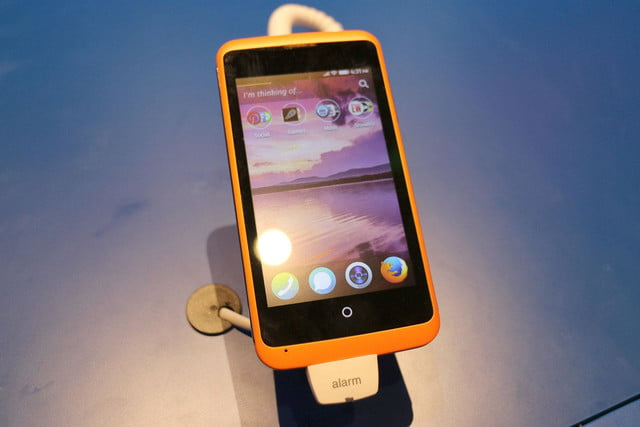 Alcatel OneTouch Fire Firefox OS stand