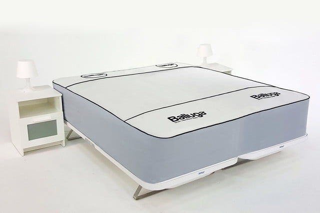 balluga is a smart bed with ac and air suspension double image
