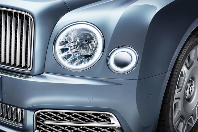 bentley engineering boss interview mulsanne headlight on