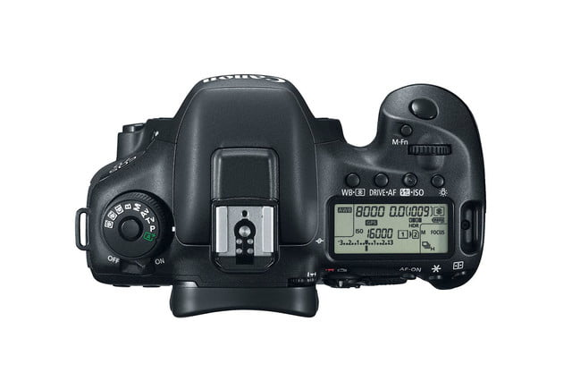 hands on review canon eos 7d mark ii top press image