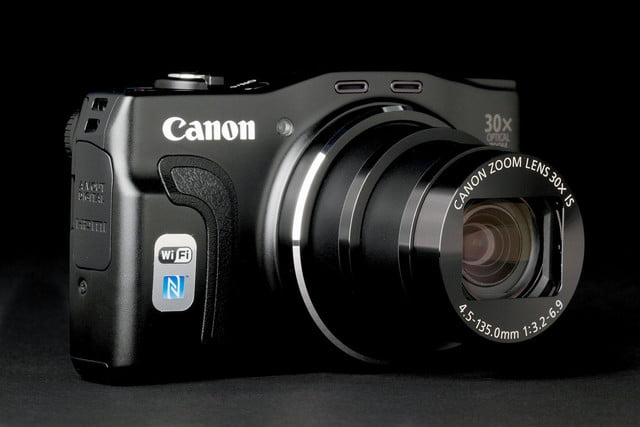 Canon PowerShot SX700 front left angle