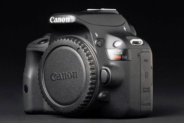 Canon Rebel SL1 lens cap left angle