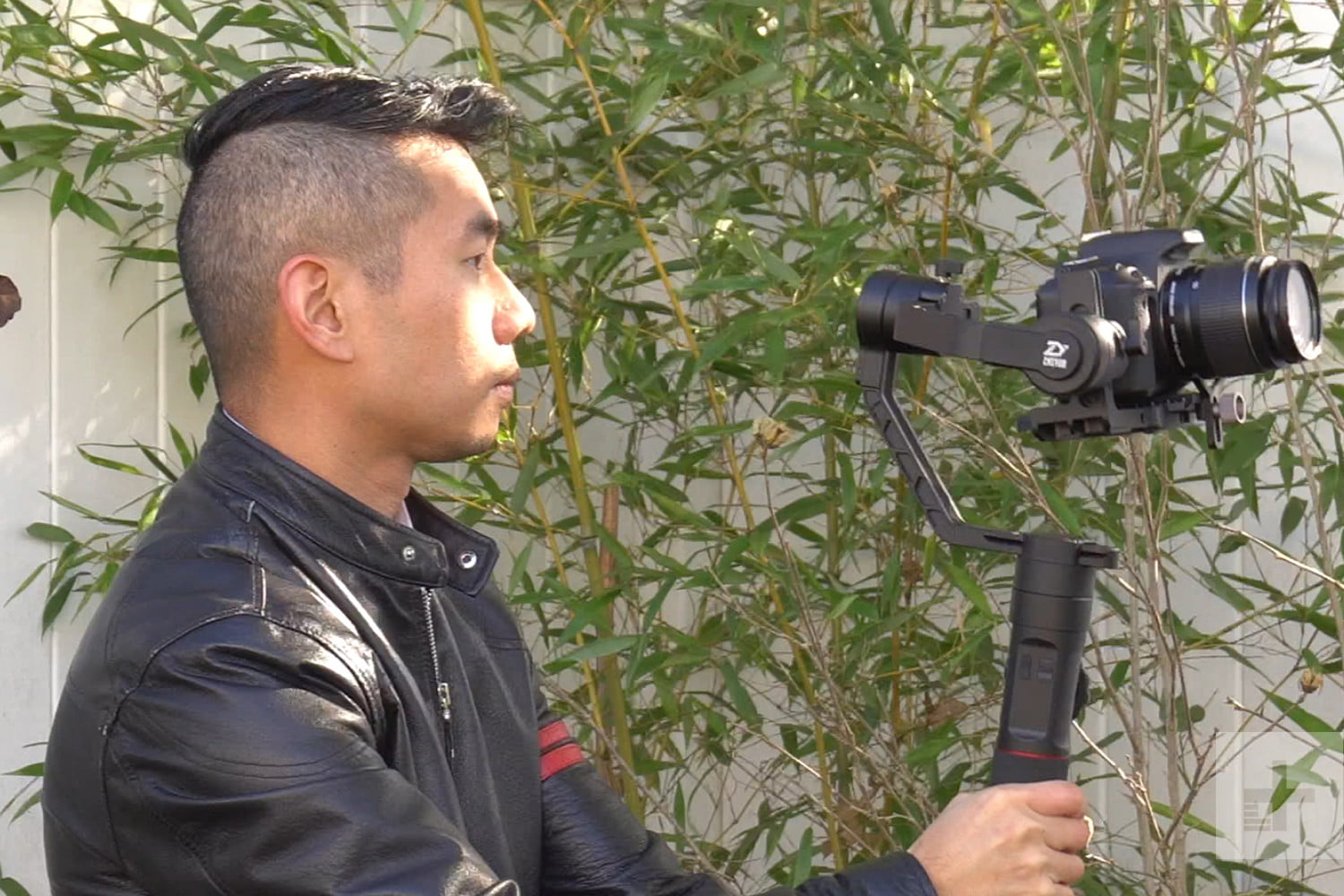 Zhiyun Crane 2 Review Digital Trends 3 Axis Stabilizer With Follow Fokus For Mirorrles Dslr