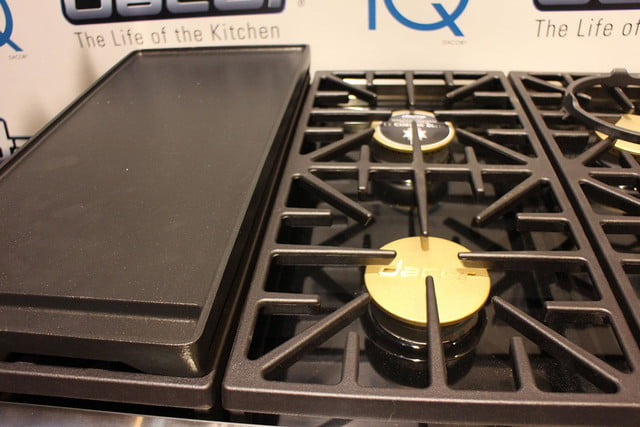 dacors voice activated oven debuts at ces 2015 dacor discovery iq dual fuel range 0257