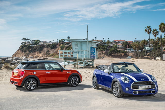 mini refreshes cooper 2 4 door hardtop and convertible for detroit 2018  35