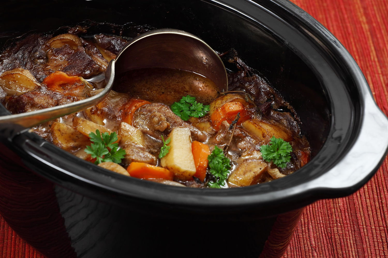 How to Use a Crock-Pot   Dos and Don'ts You Should Live By