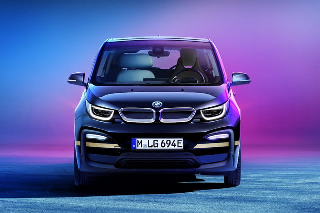 bmw presenting i3 urban space electric car concept at ces 2020 suite 2
