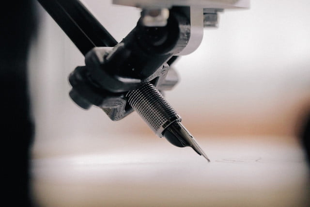 envelope uses robots to write thank you notes for your wedding bond pen close up