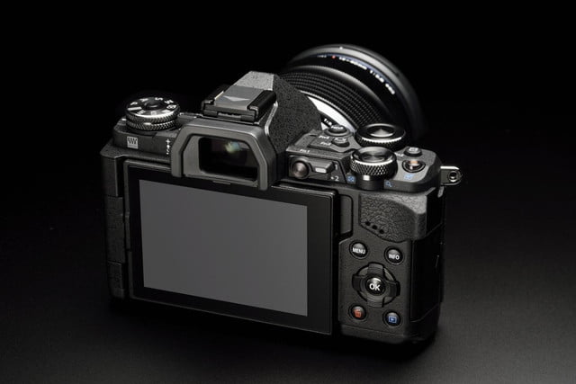 olympus e m5 mark ii puts focus movie stabilization 40 megapixel photos m5markii blk back dial