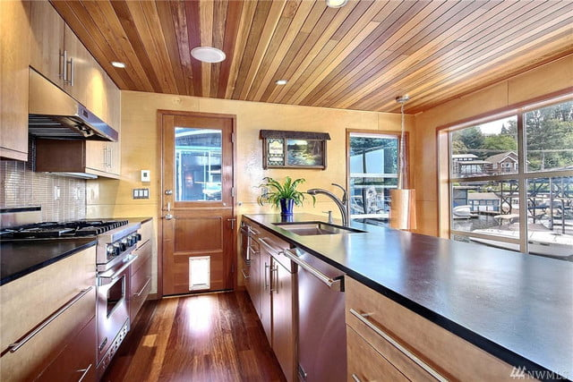 expensive floating home in seattle floatinghome10