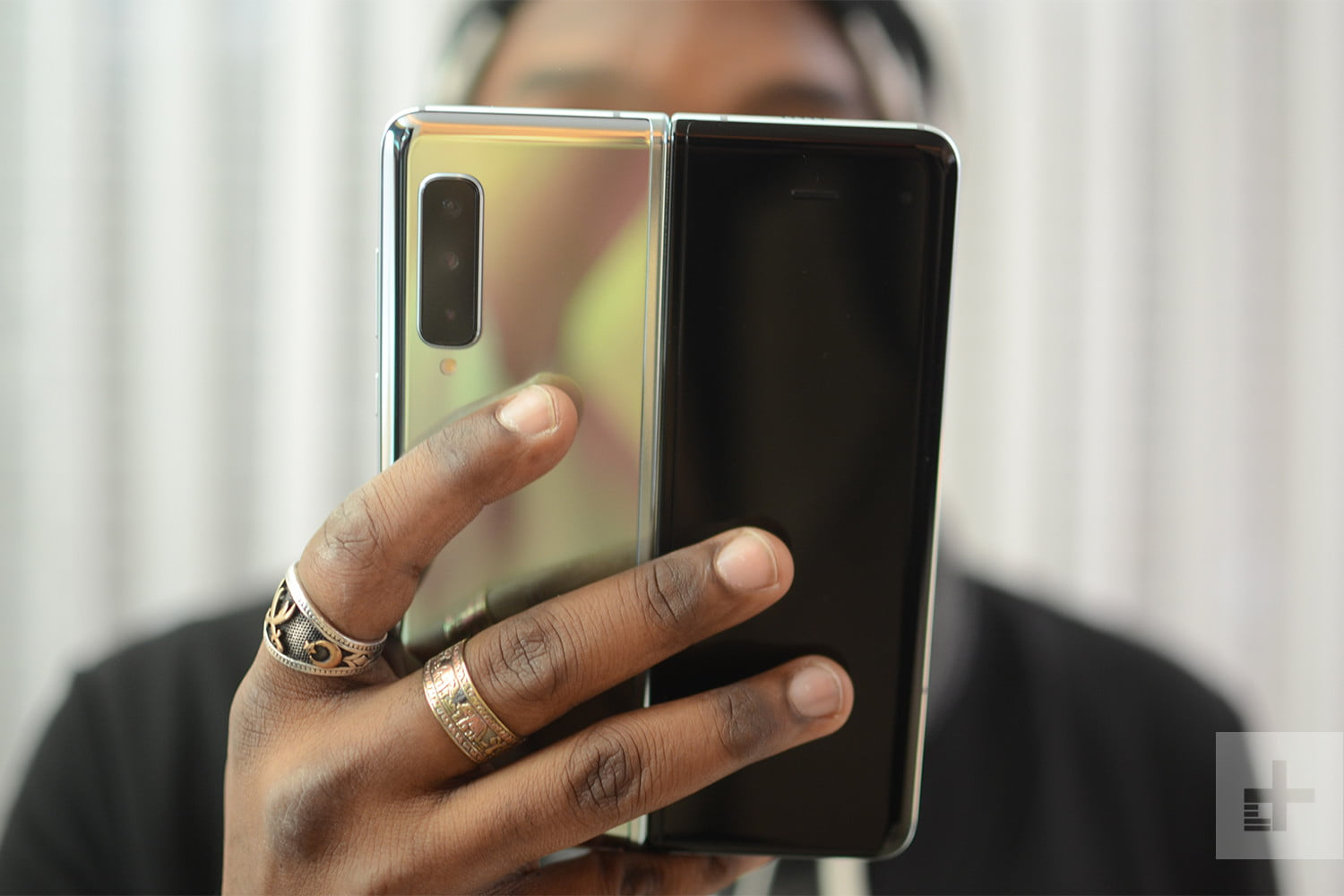 2019 is the Best And The Worst Time to Buy a New Smartphone