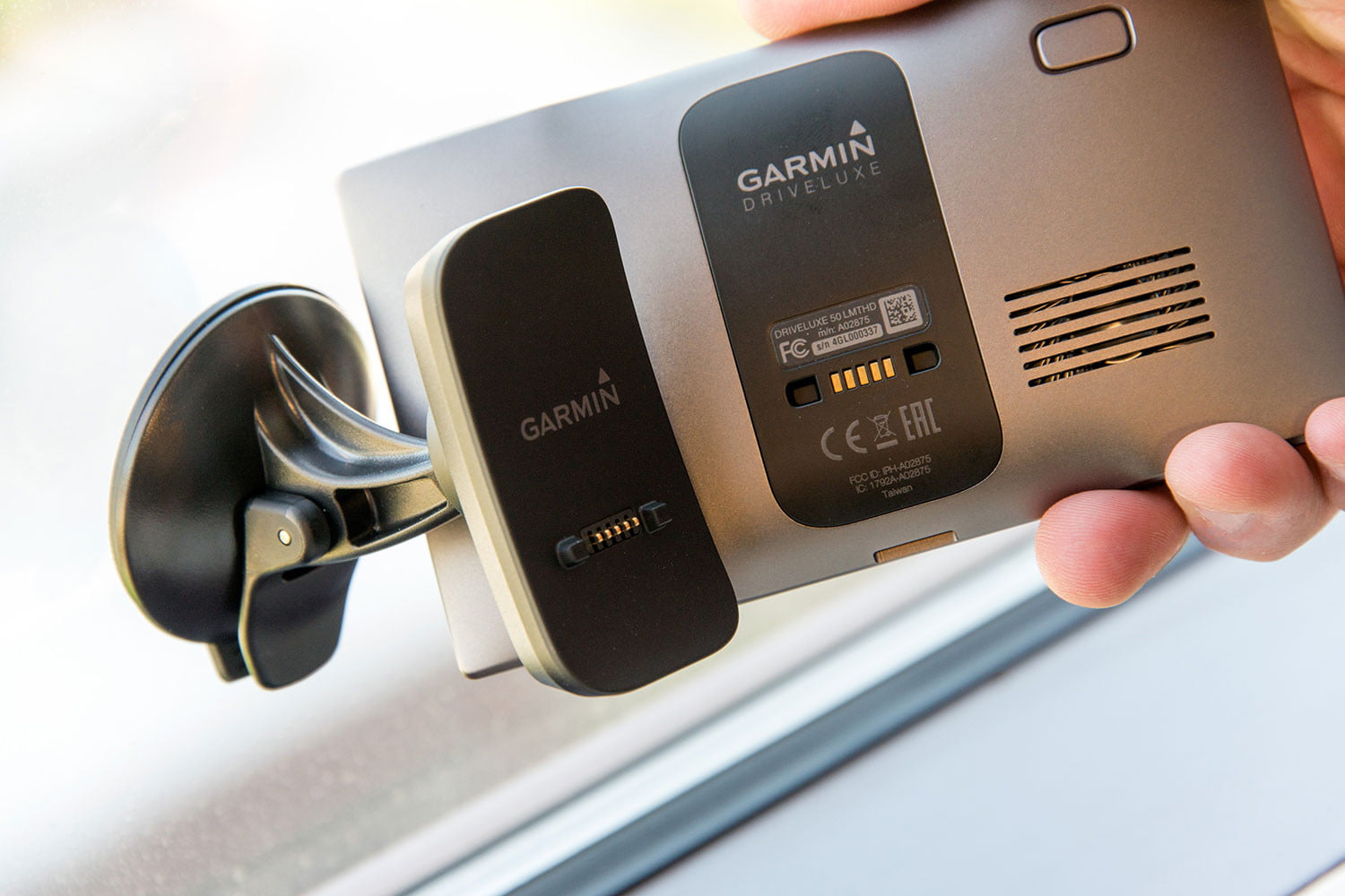 Garmin DriveLuxe 50LMTHD Review | Digital Trends