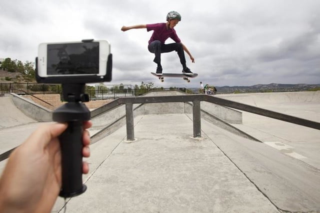 freaking out about selfie stick bans get a grip with this handheld accessory dat 5