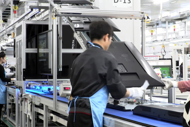 exclusive tour of lgs manufacturing and assembly lines gumi facility 003