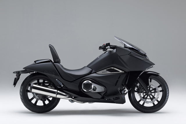 hondas radical new vultus sounds like electric bike isnt batman probably loves honda nm4vultus motorycle sideprofile