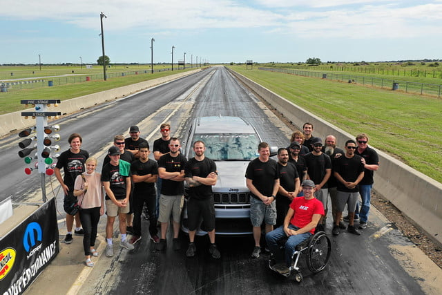 hennessey hpe1200 jeep grand cherokee trackhawk quarter mile world record qt 1 min