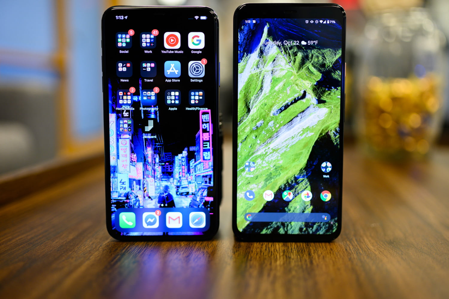 Google Pixel 4 XL vs  iPhone 11 Pro Max: Which Big Flagship