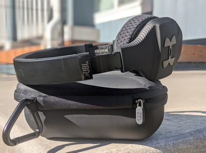 Nota Delincuente America  JBL/UA Sport Wireless Train Review: Well-aged Sound   Digital Trends