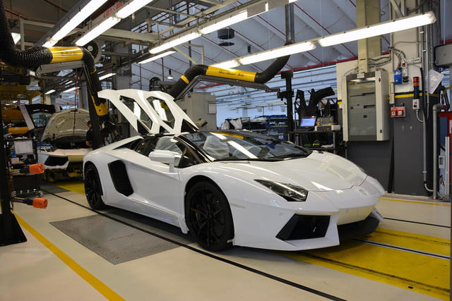 lamborghini factory tour pictures production process 0068