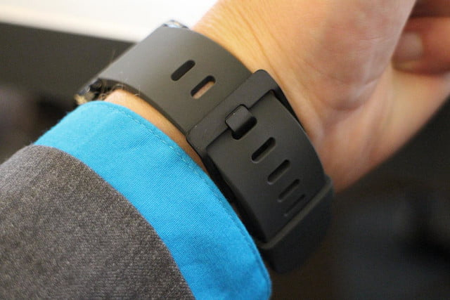 lg g watch news hands on band
