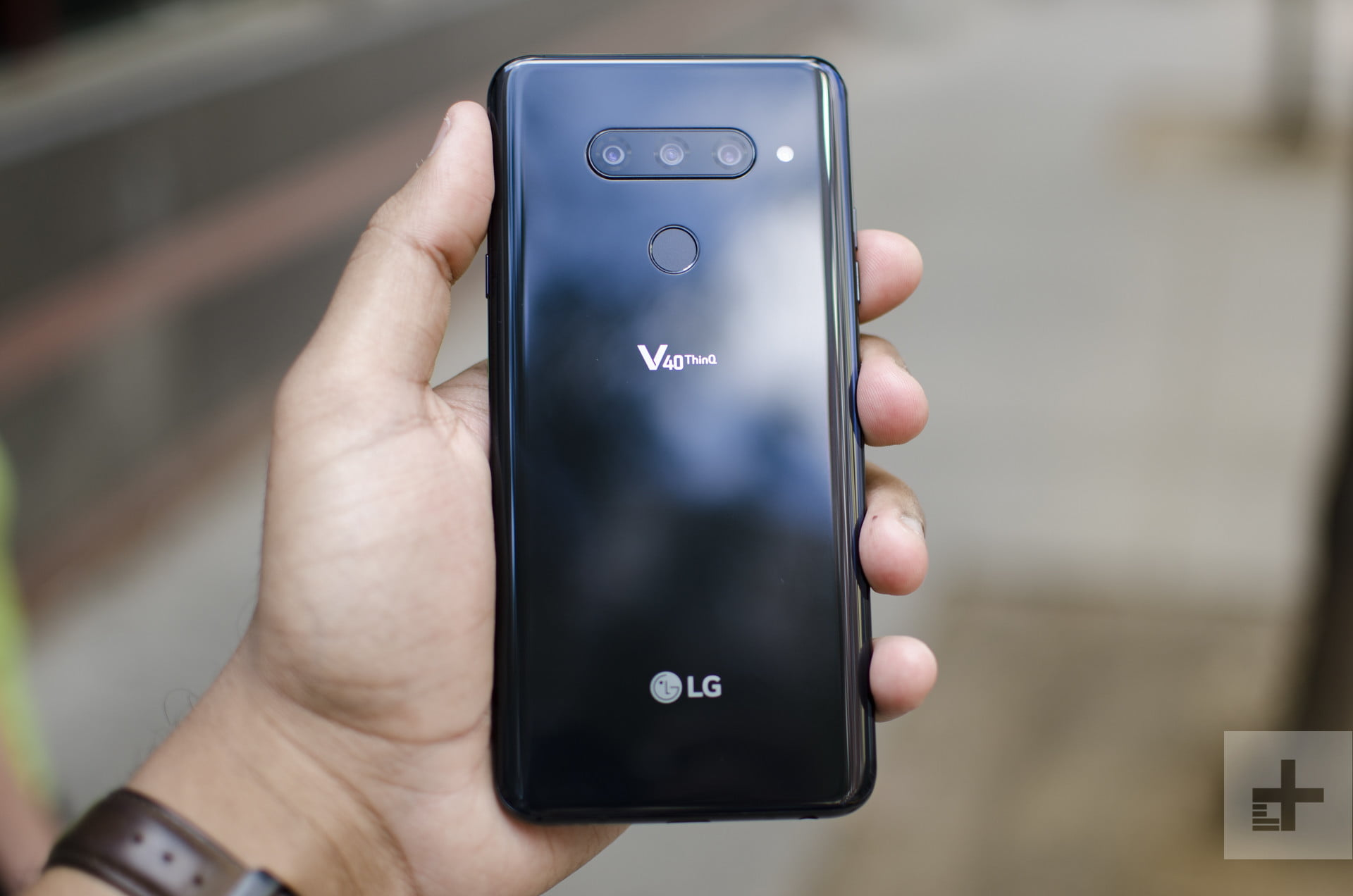 Here's How To Buy The LG V40 ThinQ | Digital Trends