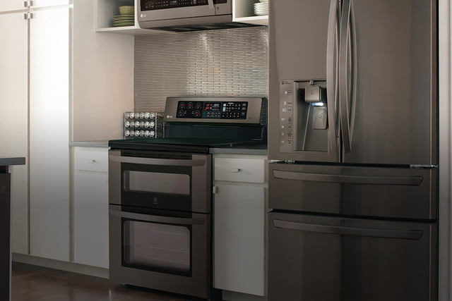 black stainless steel appliances trend m01a categoryhero kitchen 1 background b