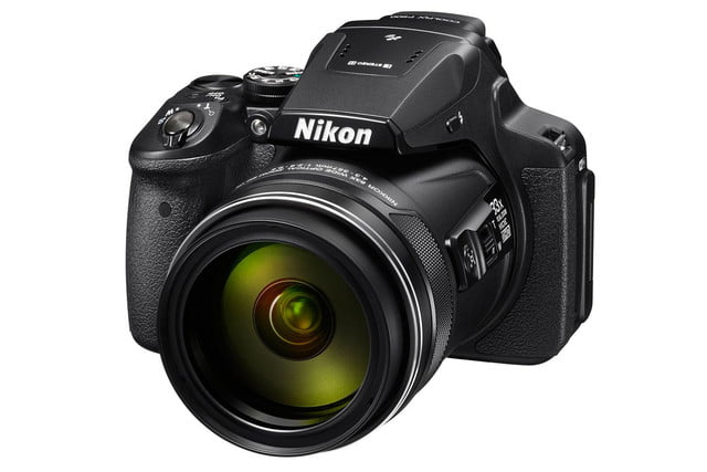 nikon gets all rear window coolpix p900 front34l lo w