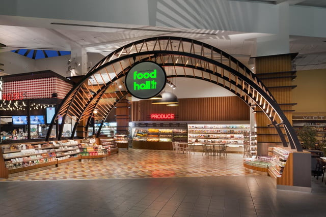 otgs techie food hall at laguardia airport is one of first to accept apple pay otg terminalc 3