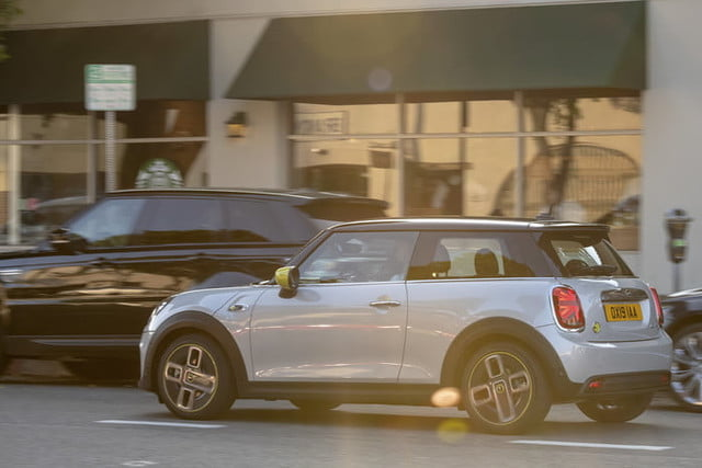 2020 mini cooper se electric city car specs range and price p90357195 highres the new