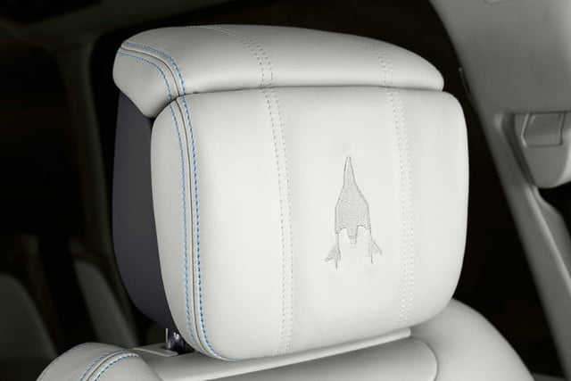 range rover astronaut edition for virgin galactic customers only  3