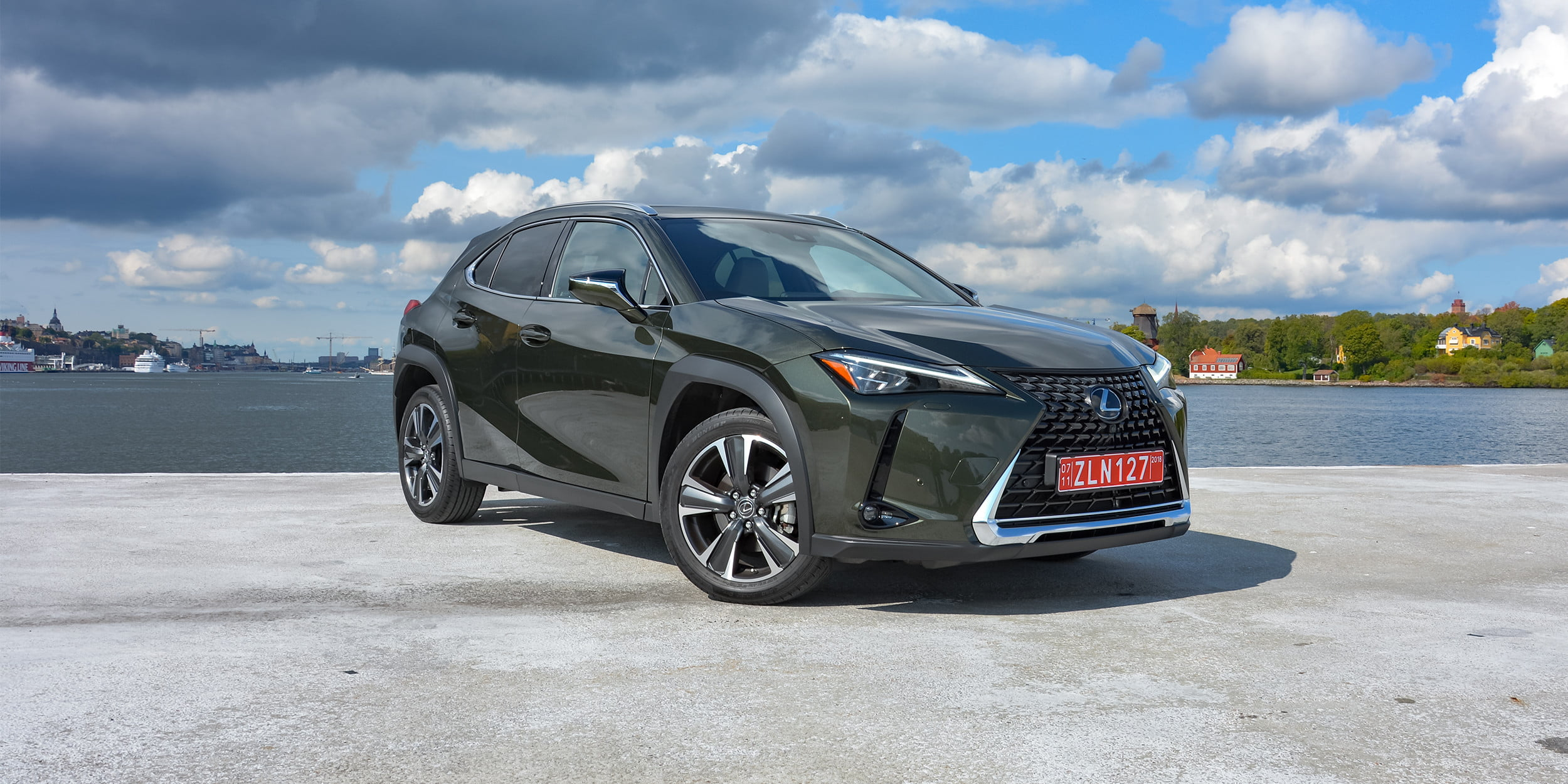 2019 Lexus UX First Drive Review, Driving Impressions, Specs