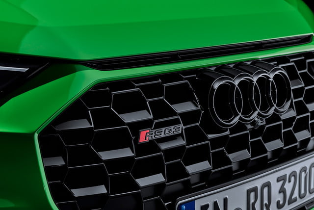 2020 audi rs q3 sportback keep five cylinder engine rsq3 sb 000010